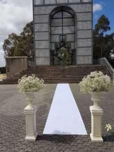 Bicentennial-Park-wedding-ceremony-min