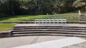Bradleys-head-amphitheatre-wedding-ceremony2-min