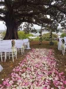 Flower-petal-ceremony-aisle-runner-min