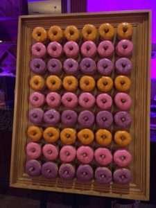 conca-dora-riverwood-wedding-donut-wall