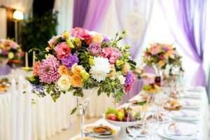 Bright-vintage-floral-centrepiece-large-martini-vase