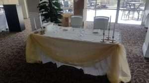 monash-country-club-sweetheart-bridal-table