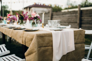 hessian-tablecloth-for-hire