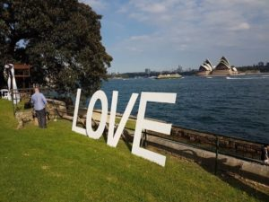 wedding-giant-love-letters-min